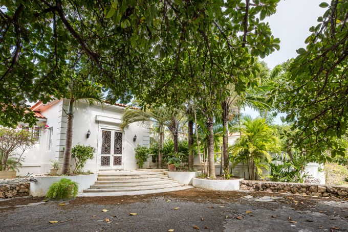 Sigrist House, luxury real estate, Bahama real estate, former home of the Duke of Windsor & Wallis Simpson